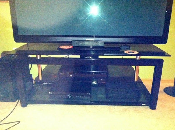 Offerup tv stand furniture in puyallup wa