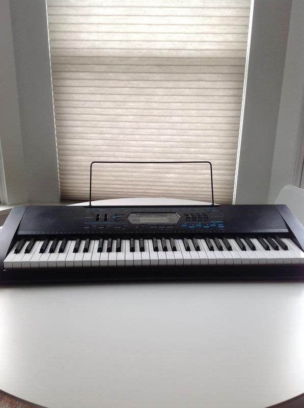 Casio CTK 2100 piano