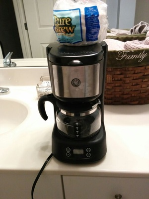 GE 5 cup programmable coffee pot