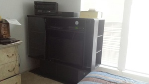 FREE MUST GO - Wall Unit