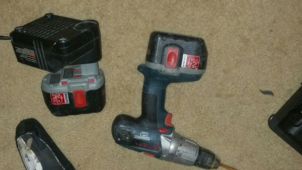 Offerup bosch 24v cordless drill tools amp machinery in fort worth